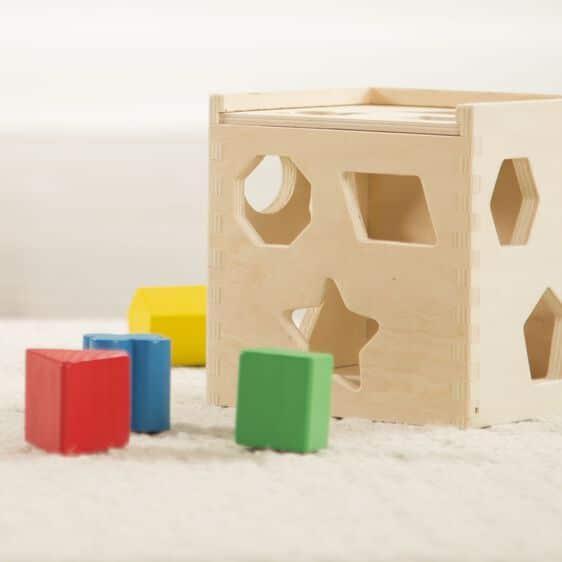 melissa and doug shape sorting cube 575 02